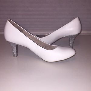 White wedding heels with silver heel accents